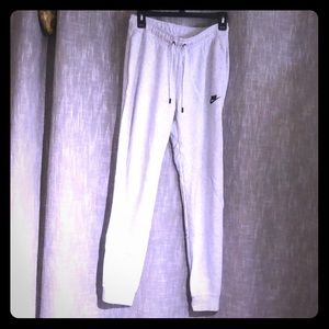 Nike sweatpants women's